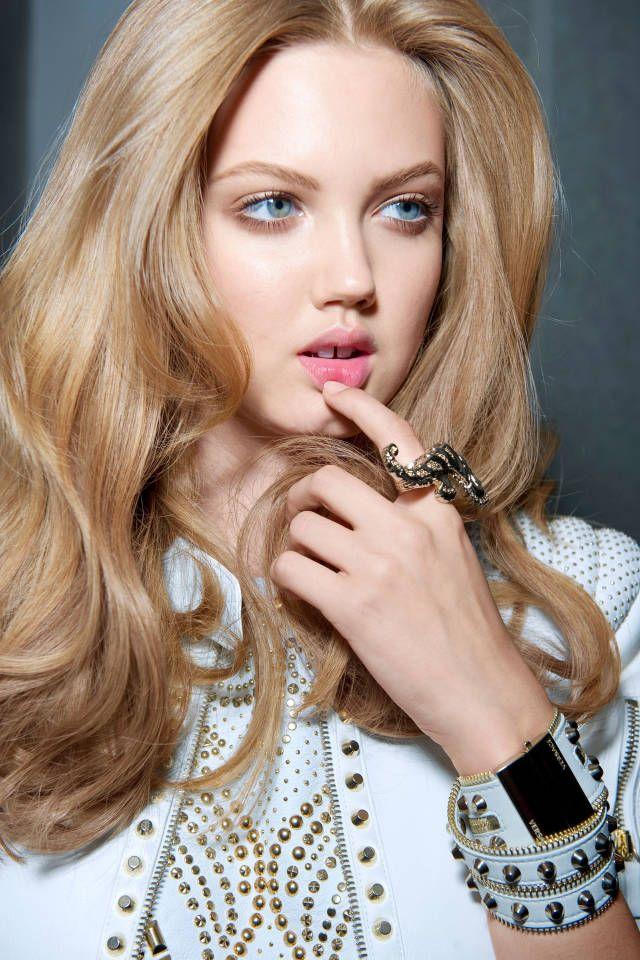 Фото модных цветов волос, бесплатные ...: pictures11.ru/foto-modnyh-cvetov-volos.html