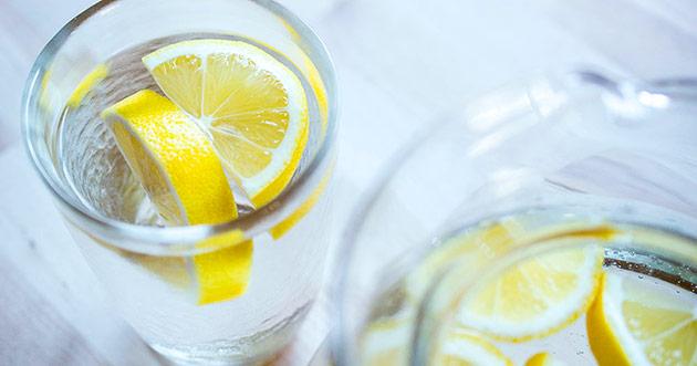 лимонная вода польза