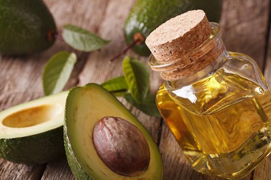 Полезное и питательное масло авокадо для кожи и волос