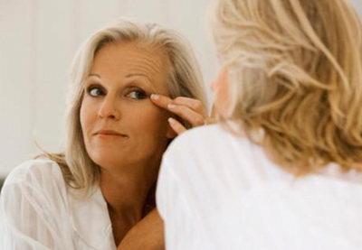 Как ухаживать за кожей вокруг глаз после тридцати лет?