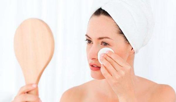 Домашние средства для снятия макияжа: с глаз и всего лица