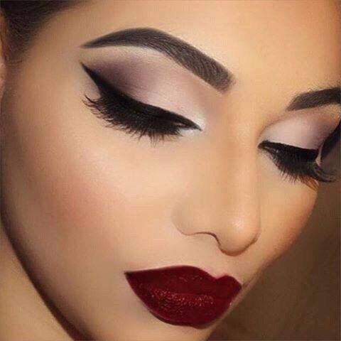 What makeup looks